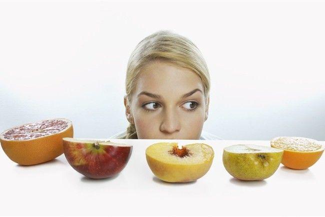 dieta-ragazza-frutta_650x435