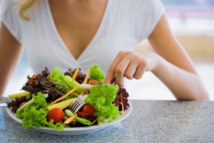 mangiare-insalata